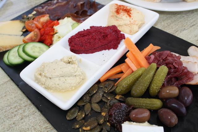 Ringer Reed Lunch Platter